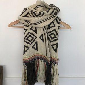 Chunky Southwest style scarf